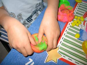 making pot of gold out of play dough