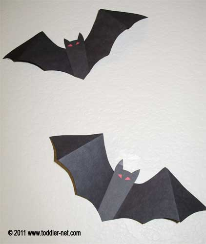paper bat decorations return to halloween crafts - Halloween Bats Crafts